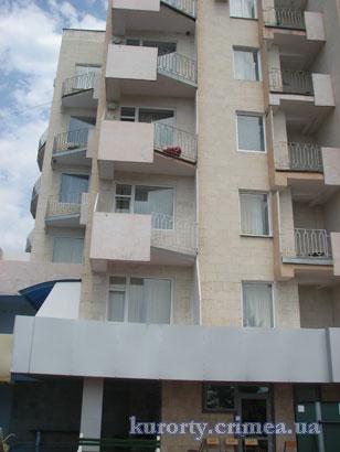 Дом творчества писателей им.Чехова, 9-ти этажный корпус.