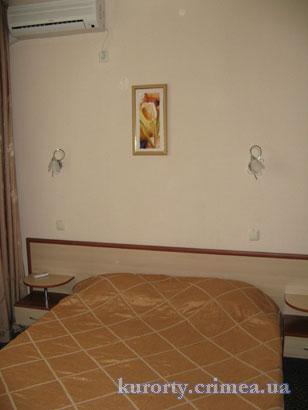 """Курорт-отель """"Демерджи"""", двухкомнатный люкс."""