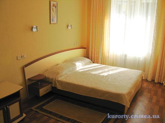 """Курорт-отель """"Демерджи"""", корпус №3, полулюкс."""