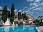 """Открытый бассейн отеля """"Пальмира-палас""""."""
