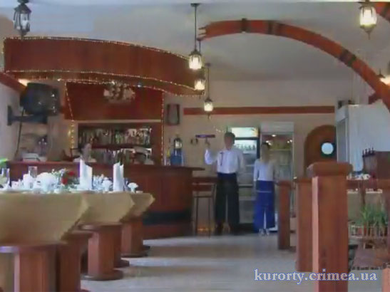 "Пансионат ""Ай-Тодор-Юг"", ресторан ""Сильвер""."