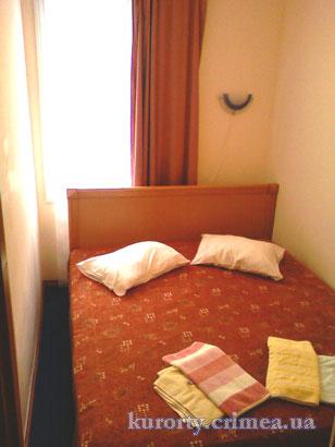 """Парк-отель """"Марат"""", корпус 9, 2-х местный 2-х комнатный стандарт, спальня."""
