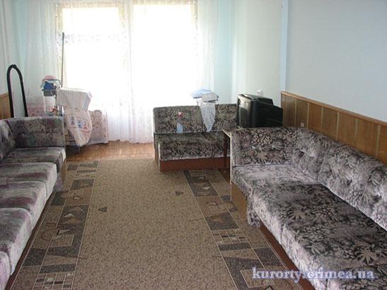 "Санаторий ""Днепр"", корпус №5, уголок отдыха на этаже"